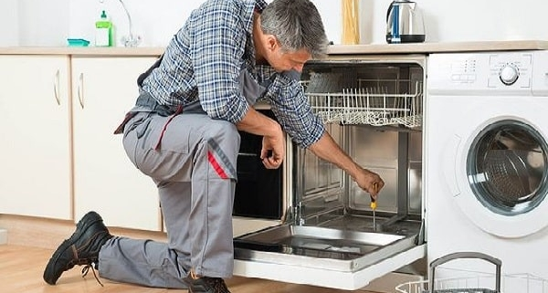 مدرک و درآمد تعمیرات لوازم خانگی